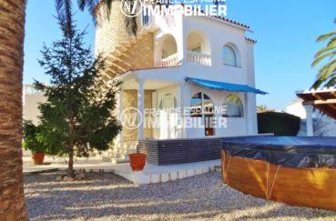 immo empuriabrava: villa  à vendre, ref.2110, vue jardin & piscine