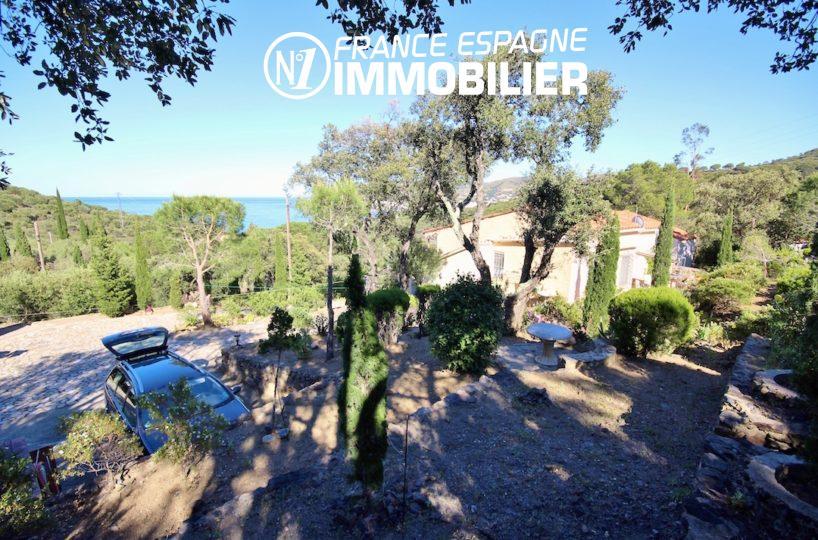 port de la selva: villa ref.2901, vue surle jardin entouré de nature