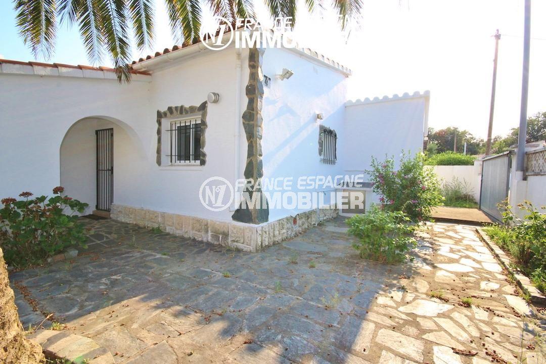 immo costa brava: belle villa ref.3211, 2 chambres, jardin de 451 m², possibilité piscine