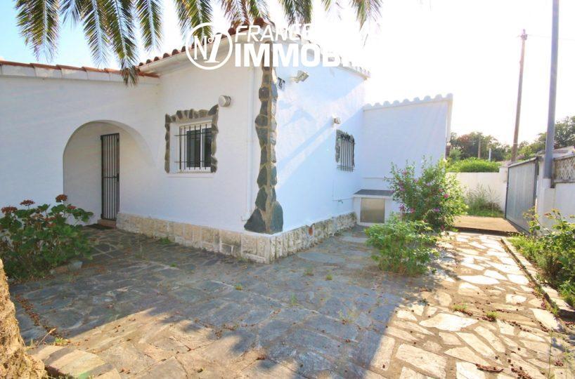 immobilier costa brava: belle villa ref.3211, exposition sud, dans secteur calme
