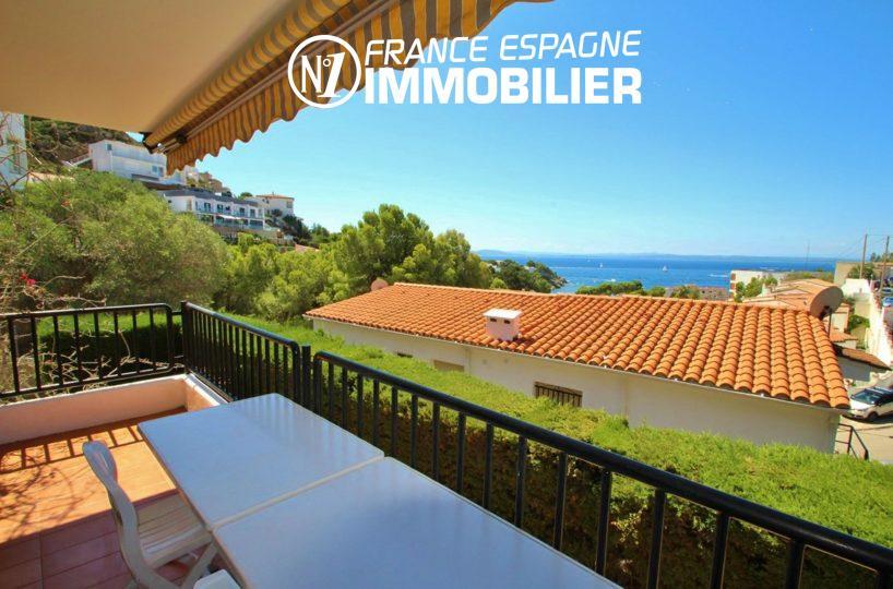 immobilier espagne ref.2625 : belle villa 100 m² à rosas, vue mer proche plage