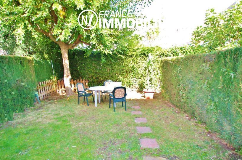immobilier roses espagne: villa ref.2824, jardin bien clôturé et arboré