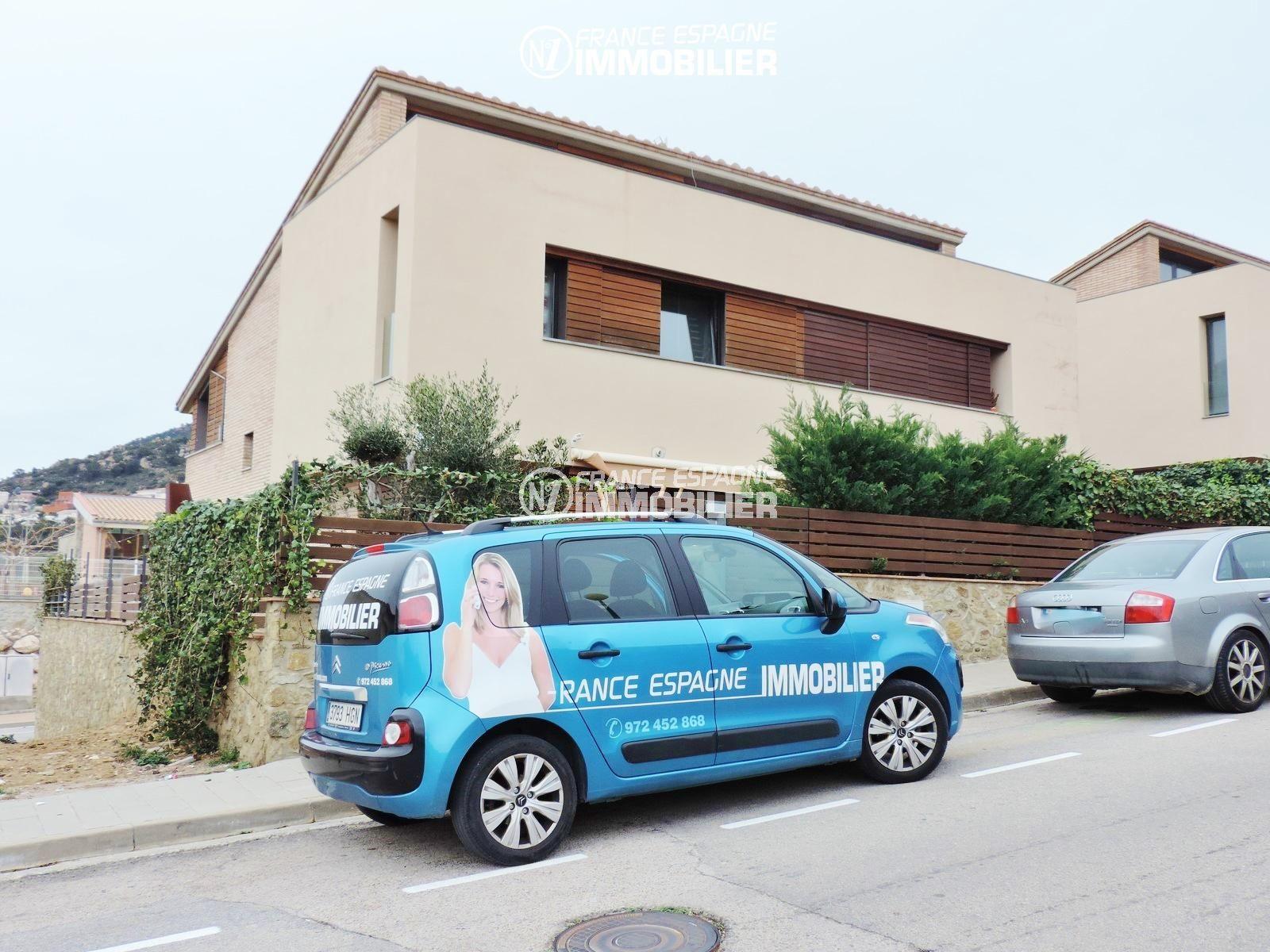 maison a vendre espagne, ref.2482, secteur résidentiel proche roses avec garage