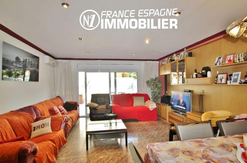 maison costa brava, 153 m² à rosas centre, 3 chambres, grand garage
