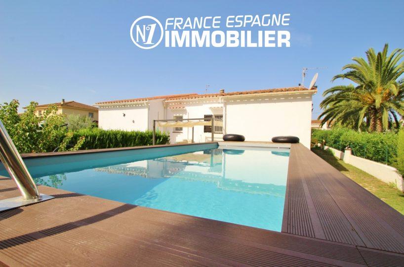 agence immo empuriabrava: belle villa 3 chambres, piscine, jardin 400 m²