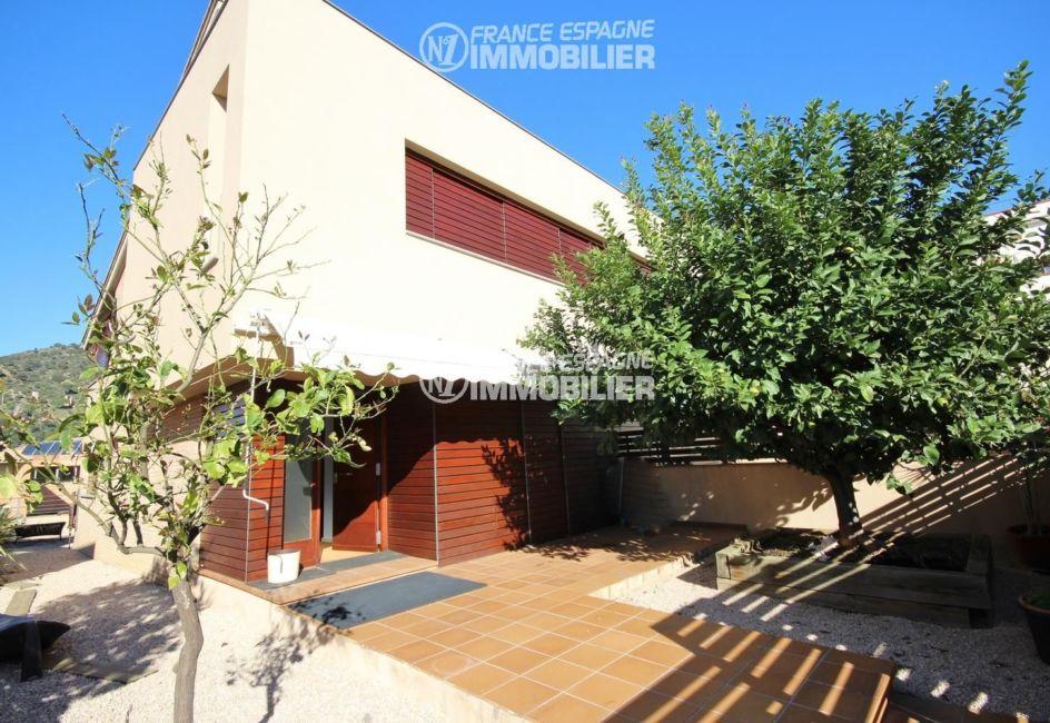 immobilier costa brava: villa moderne ref.3217, 47 m² proche Rosas, exposition sud