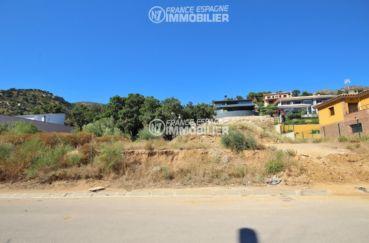 immobilier costa brava: terrain à construire à palau dans secteur calme