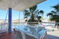 immo roses: appartement 58 m², aperçu de la terrasse de 14 m² vue sur la marina
