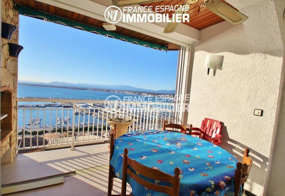 immobilier roses espagne: appartement ref.780, vue mer depuis la terrasse accès séjour