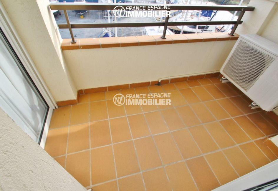 immobilier costa brava: appartement ref.2765, aperçu de la terrasse vue canal