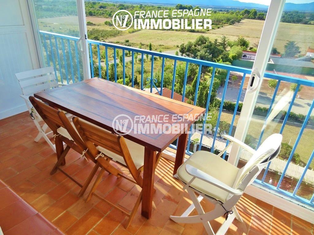 achat appartement costa brava, 27 m², vue sur la piscine de la résidence