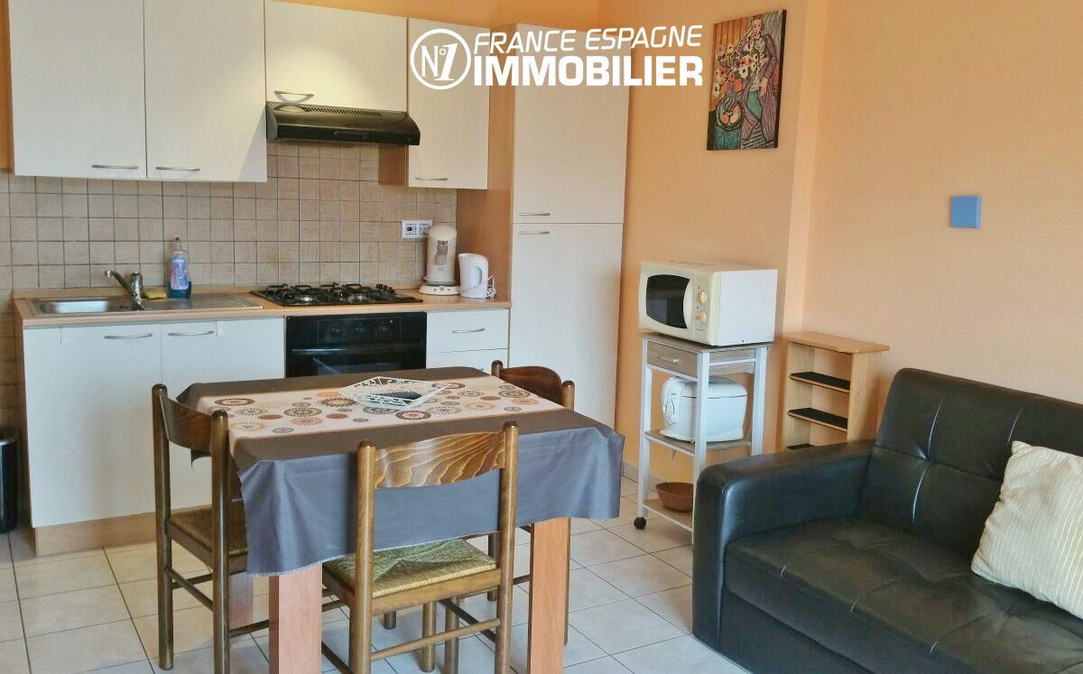 appartement espagne pas cher - ref.2477, coin cuisine fonctionnelle avec des rangements