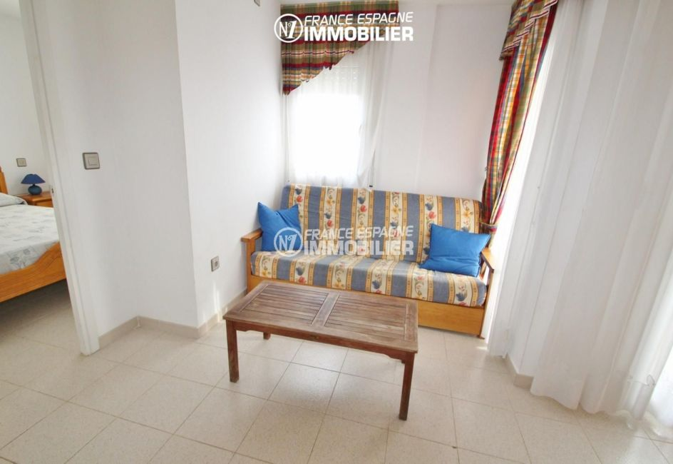 immo costa brava: appartement ref.2765, le coin salon dans le séjour