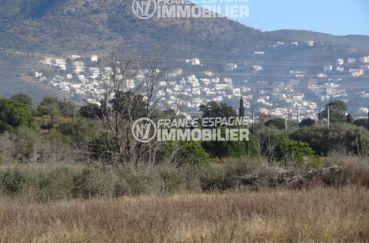 agence immobiliere rosas: terrain ref.2449, eau, électricité dans toute la rue