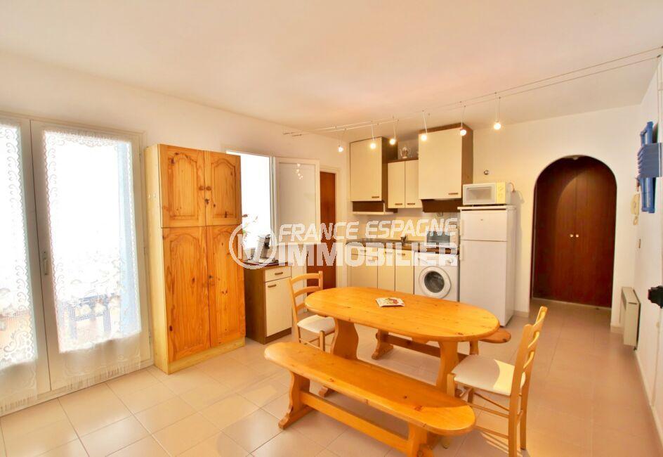 achat appartement rosas, 2 pièces 50 m², coin cuisine aménagée, accès véranda