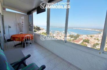 immo roses: appartement ref.3148, terrasse véranda avec une sublime vue sur la mer