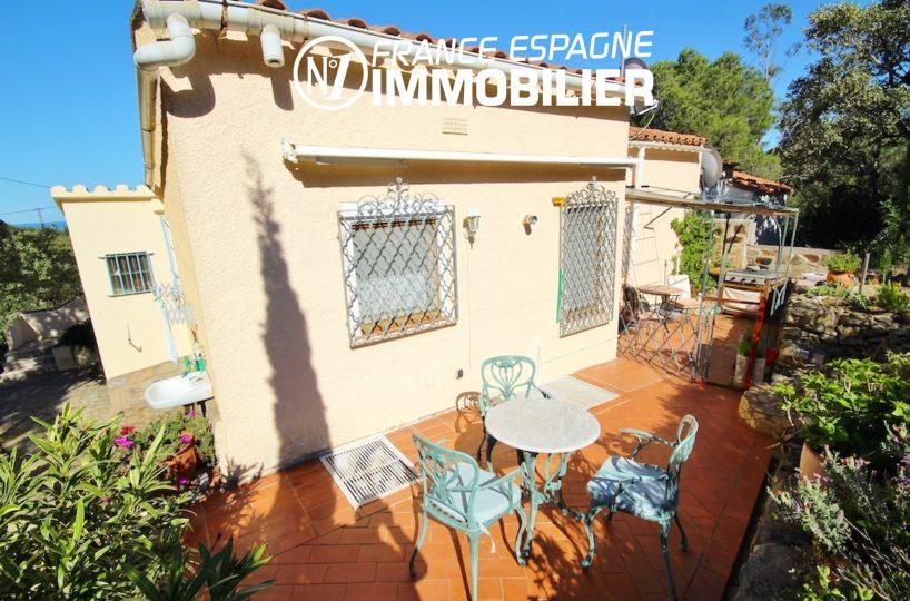 immo llanca: villa ref.2901, terrasse & BBQ à l'arrière