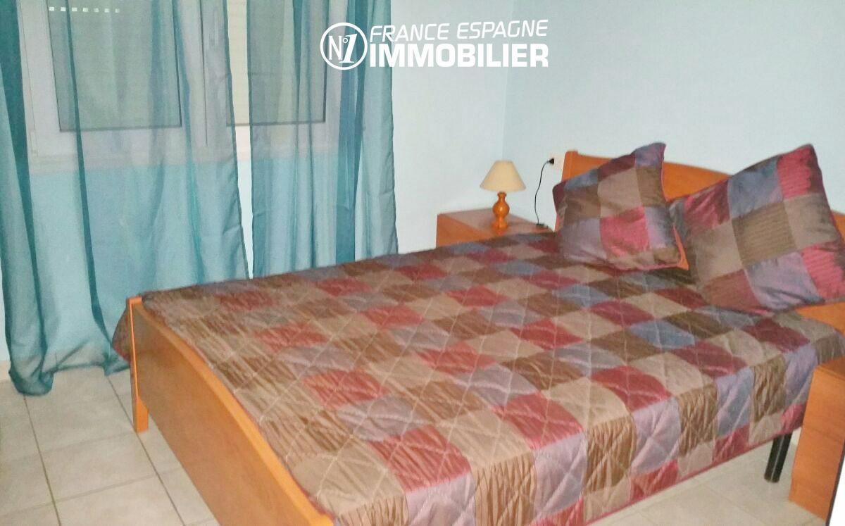 immobilier espagne pas cher bord de mer: appartement ref.2477, chambre avec lit double