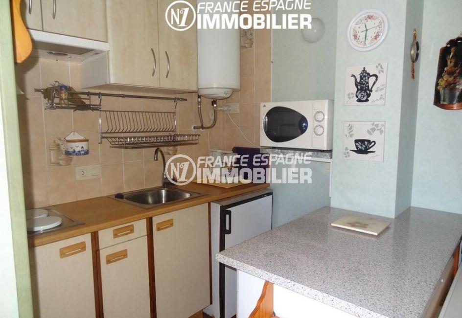 acheter appartement empuriabrava, 34 m², cuisine ouverte équipée avec rangements