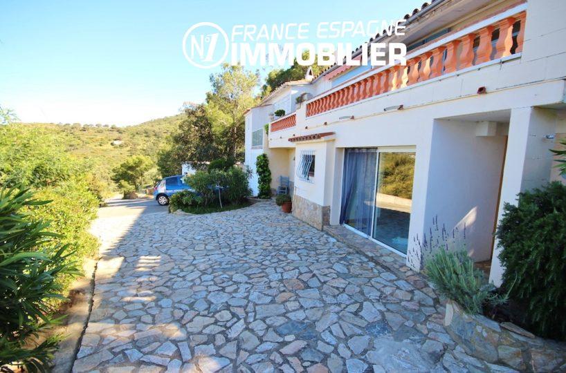 maison costa brava,  ref.2901, terrasse et parking extérieur
