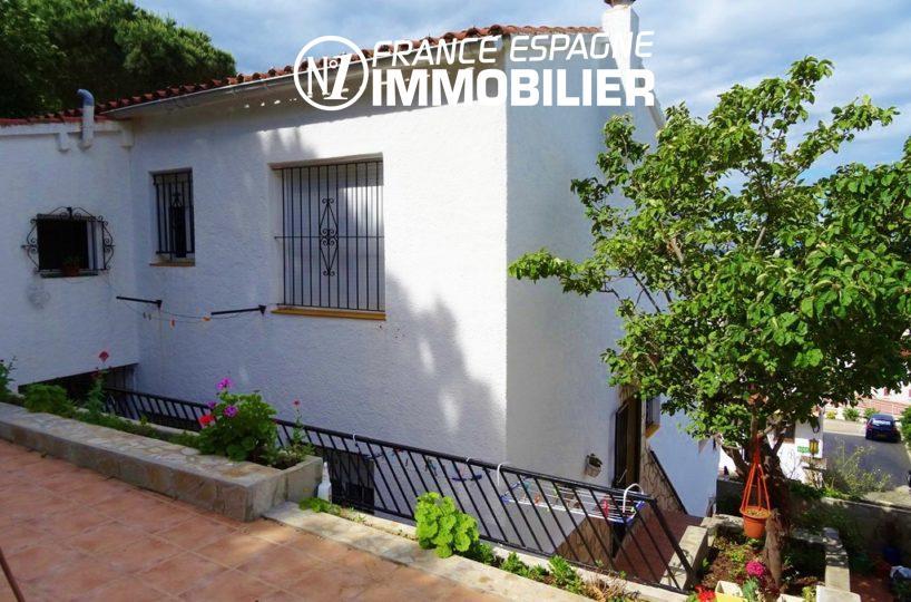 villa de 144 m² construit sur terrain de 430 m² | ref.2560
