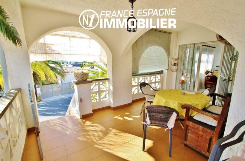 immobilier roses espagne: villa ref.2596, terrasse couverte, coin détente