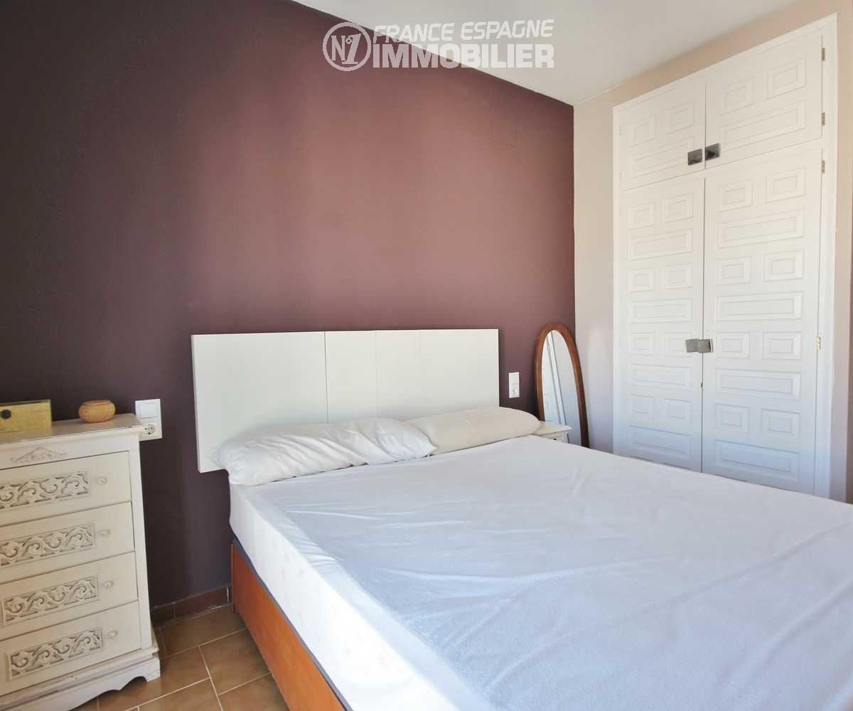 vente immobilier rosas espagne: ref.2945, première chambre avec un lit double et placards