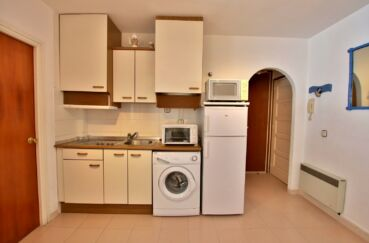 appartement a vendre a rosas,  2 pièces 50 m², coin cuisine aménagée, plaques, hotte
