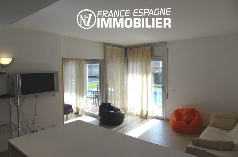 agence immobilière rosas: appartement ref.2117, salon / séjour accès terrasse