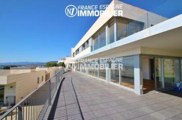 agence immobilière costa brava: villa ref.2391, terrasse de 43 m² en plus du jardin