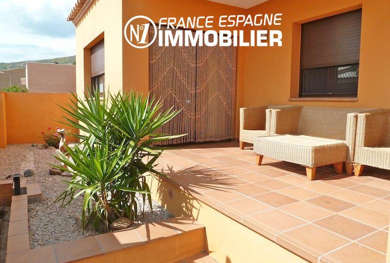 immo costa brava: villa ref.1013, vue sur la terrasse avec coin détente