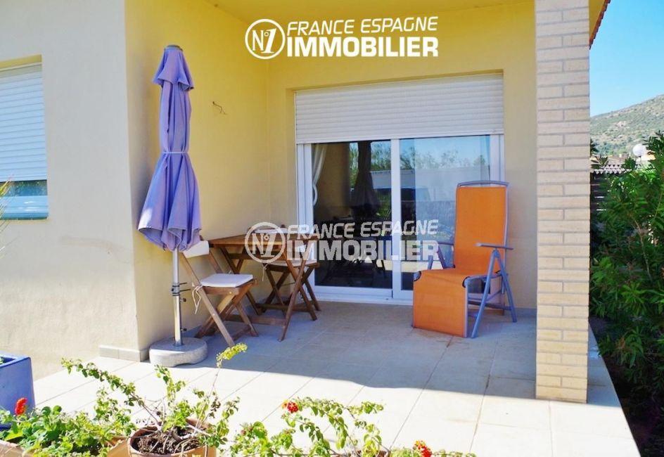 la costa brava: villa ref.2287, première terrasse avec espace détente