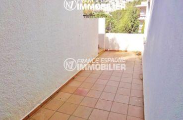 maison a vendre espagne, terrain de 182 m², espace qui dessert la terrasse