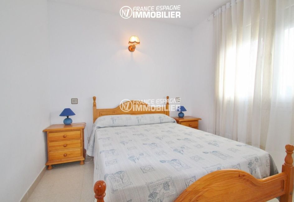 immobilier rosas: appartement ref.2765, la chambre avec grand lit