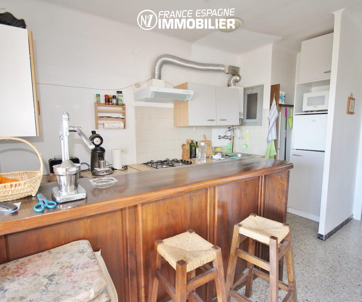 agence immobilière costa brava: appartement ref.3154, vue rapprochée de la cuisine américaine