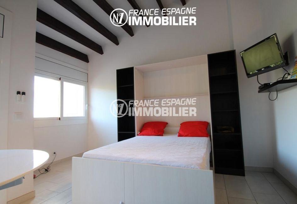 N1 France Espagne : vend studio 36 m² au Boulou - domaine des Chartreuses