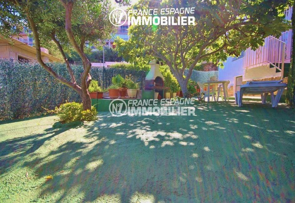 maison costa brava, ref.2943, autre vue jardin avec espace ombragé, possibilité piscine