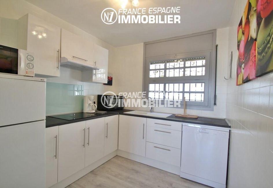 agence immobilière roses espagne: appartement ref.2862, cuisine indépendante équipée
