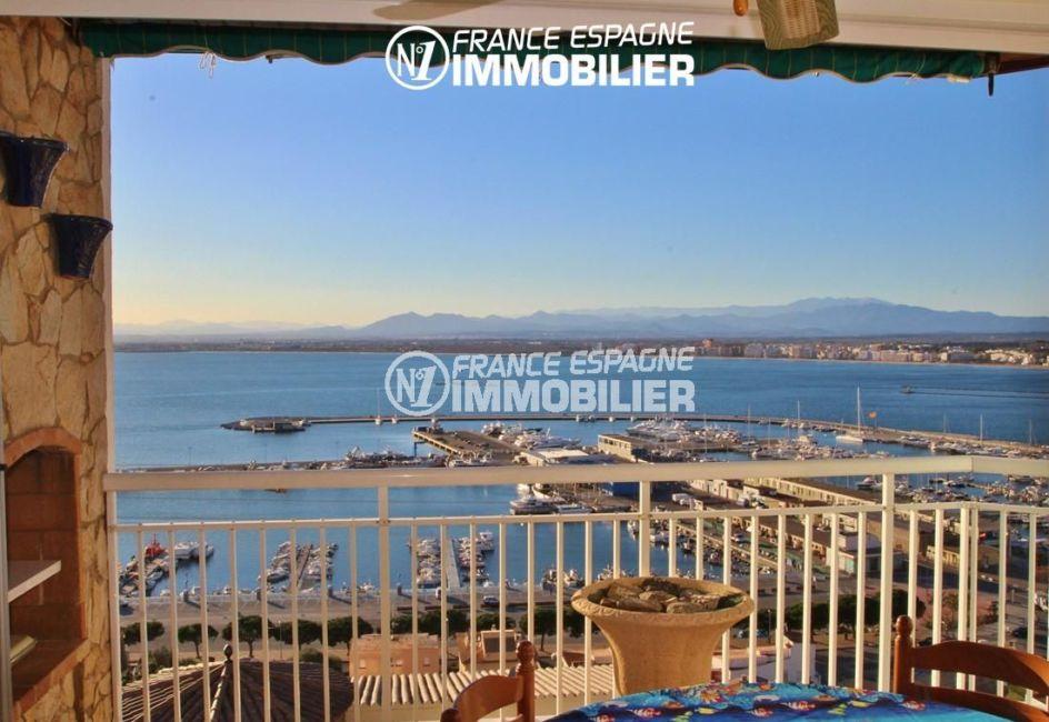 immo roses espagne: appartement ref.780, vue sublime sur le port depuis la terrasse