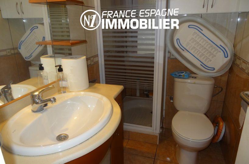 immobilier roses espagne: appartement ref.2286, salle d'eau avec toilettes