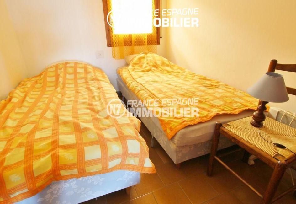 acheter appartement rosas, petit prix, troisième chambre avec deux lits simples