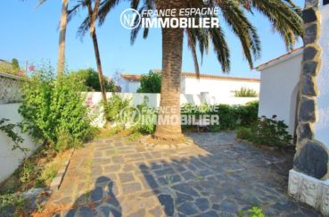 immo roses: villa ref.3211, jardin 451 m² dans secteur calme