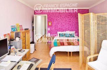 agence immobiliere palau saverdera: villa ref.354, première chambre avec un lit double