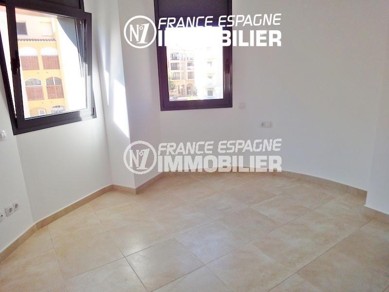 vente empuriabrava: villa 108 m², salon / séjour avec espace arrondi