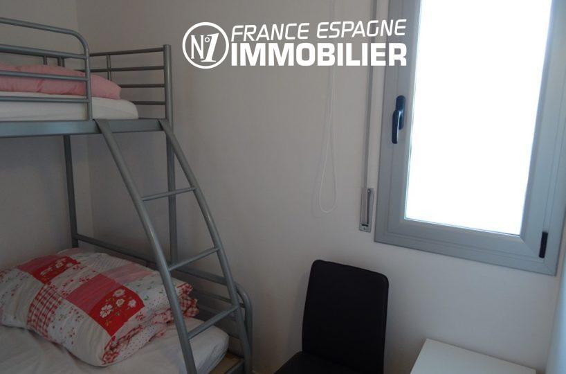 immobilier roses espagne: appartement ref.2507, deuxième chambre avec lits superposés