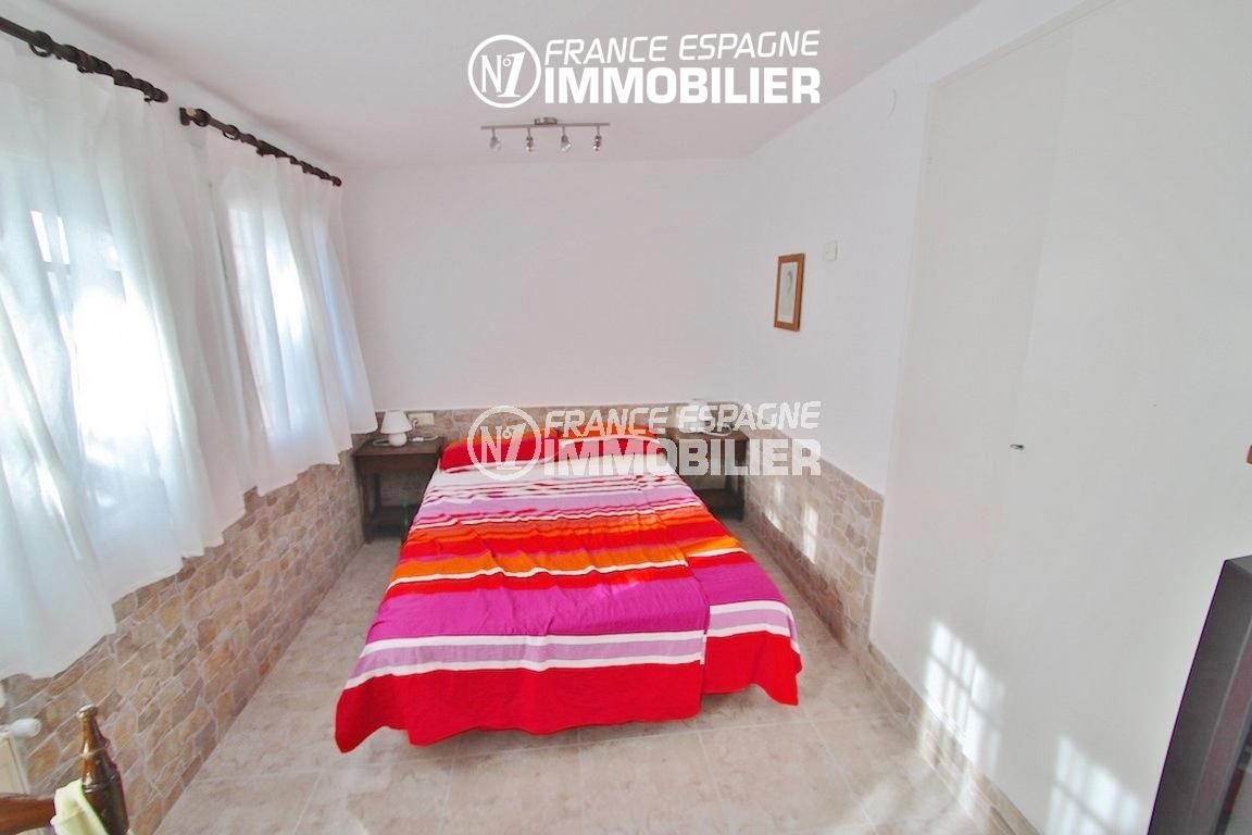 ventes immobilieres rosas espagne: villa ref.2596, lit double dans studio indépendant