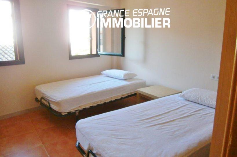 acheter maison costa brava, ref.1970, deuxième chambre avec 2 lits simples