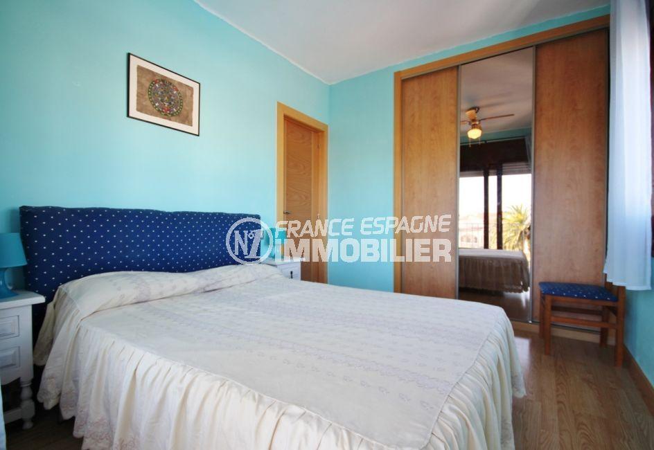 agence immo empuriabrava: appartement 3 pièces 57 m², 1° chambre à coucher, climatisation