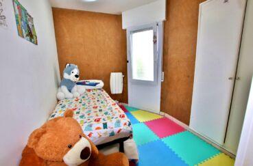 appartement à vendre à rosas espagne, 3 pièces 55 m², chambre à coucher enfant, lit simple