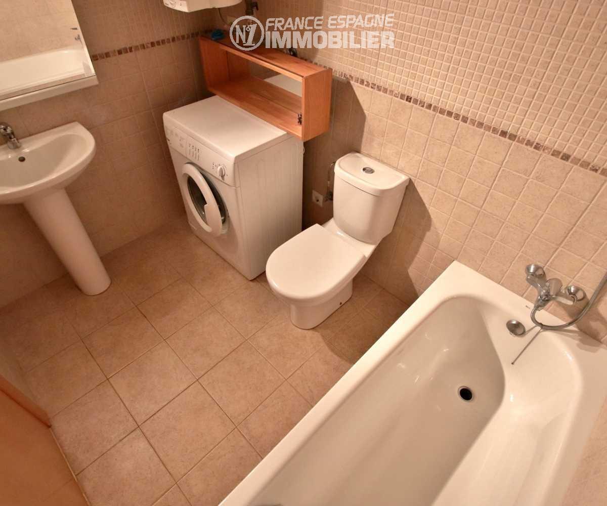 acheter appartement rosas, ref.1741, salle de bains avec toilettes